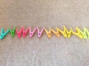 思い返すと、我が子も「並べる」ことに よく集中していました