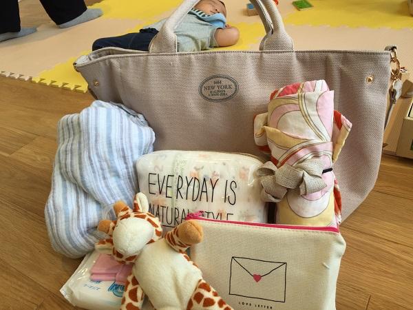≪0歳新生児ママ必見!≫マザーズバッグ中身何が入ってる?